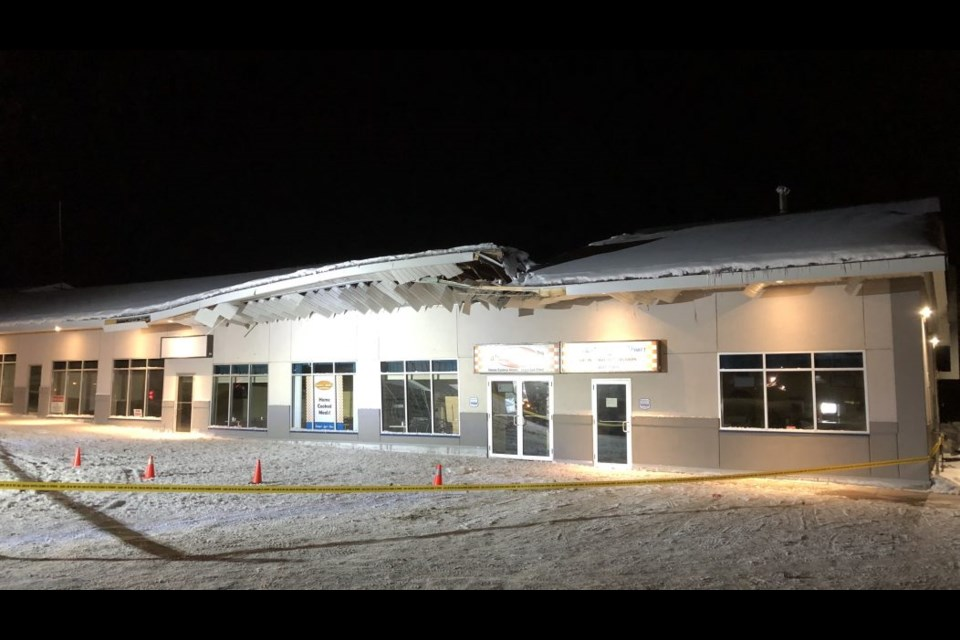 Beyond Local Snow Takes Out Restaurant Roof In North Bay