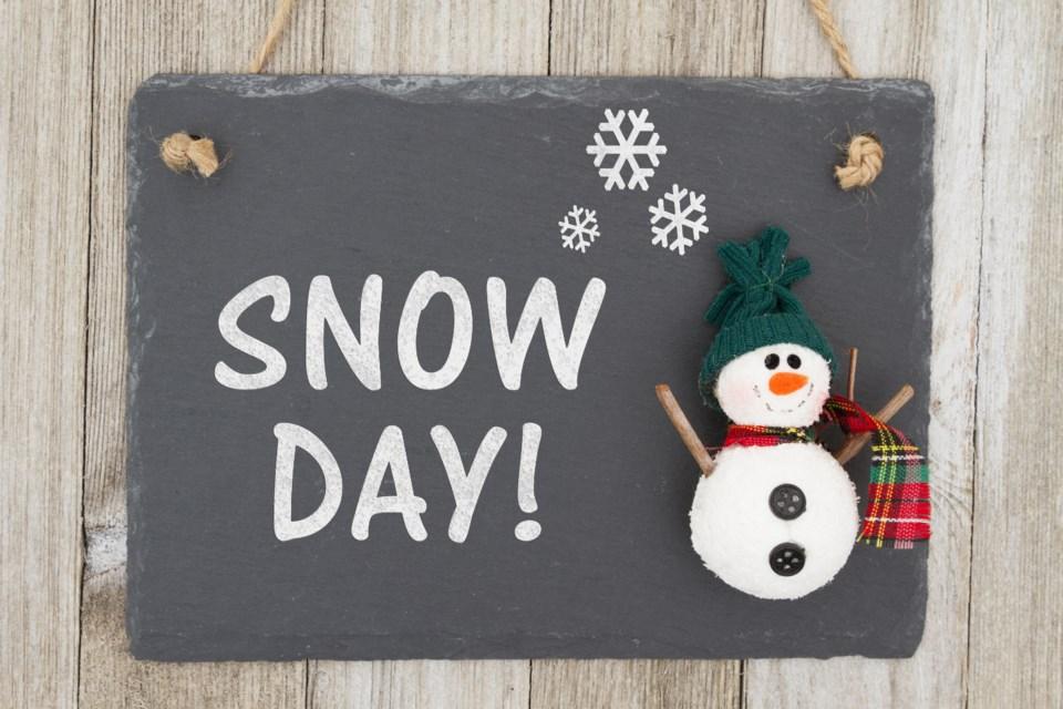 snow day AdobeStock_137605676 2017