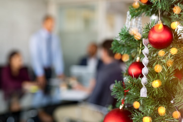Christmas-tree-office-GettyImages