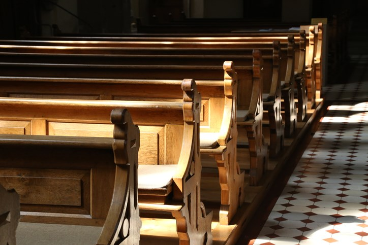 Church-pews-GettyImages