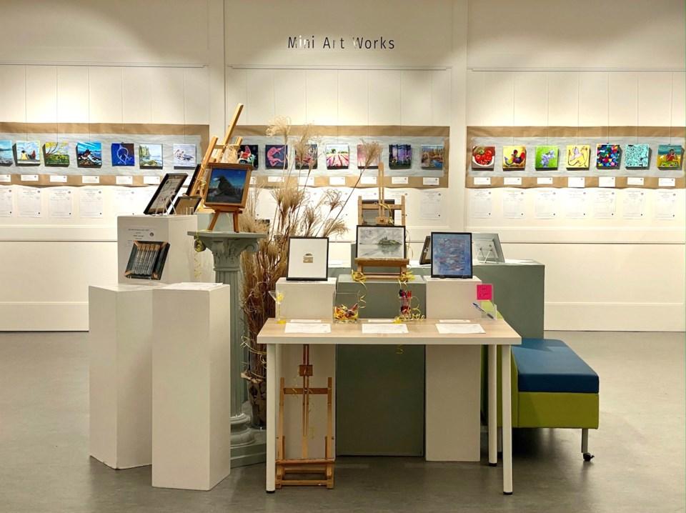 Mini Art Show