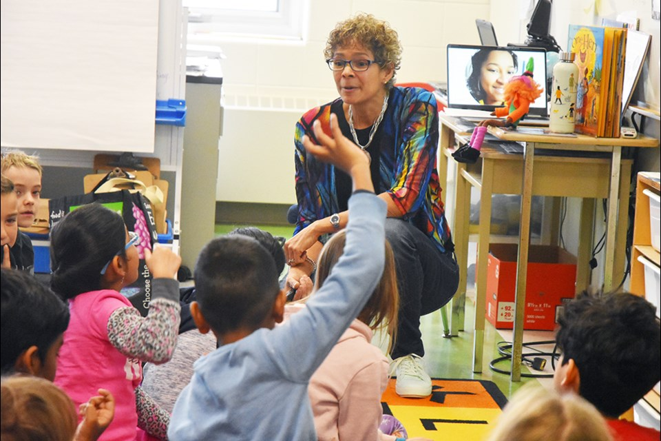Michele Newton talks to kids in Grade 2 about inclusion and community, at Chris Hadfield Public School in Bradford. Miriam King/Bradford Today