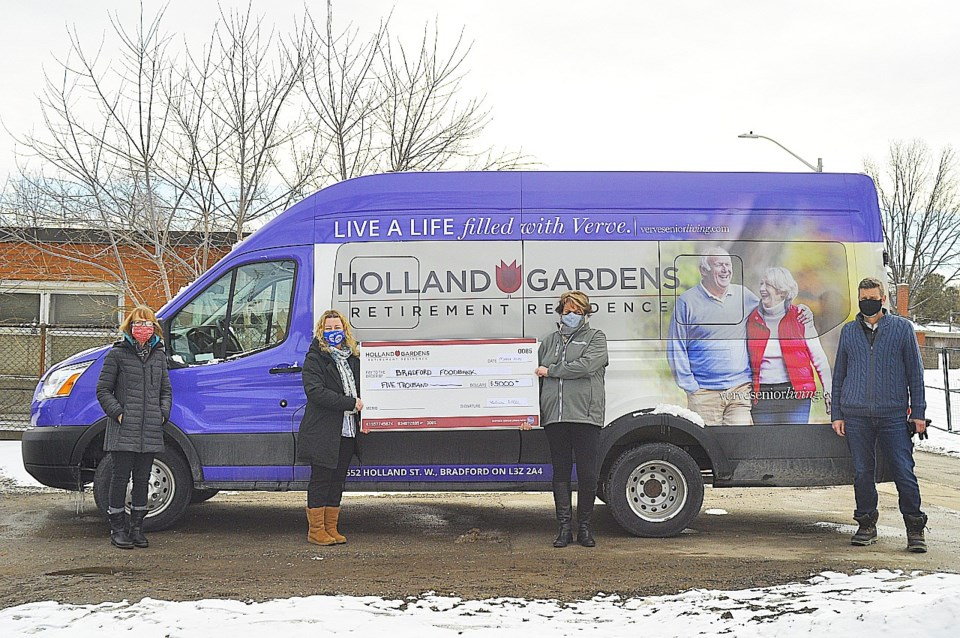 Holland Gardens Retirement Residence_Bus