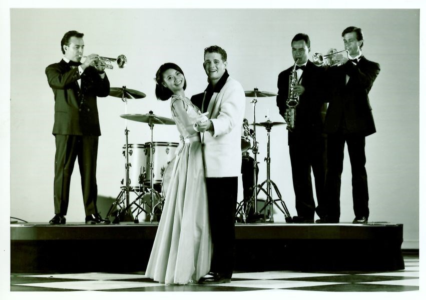 Swing 1998 Arts Club