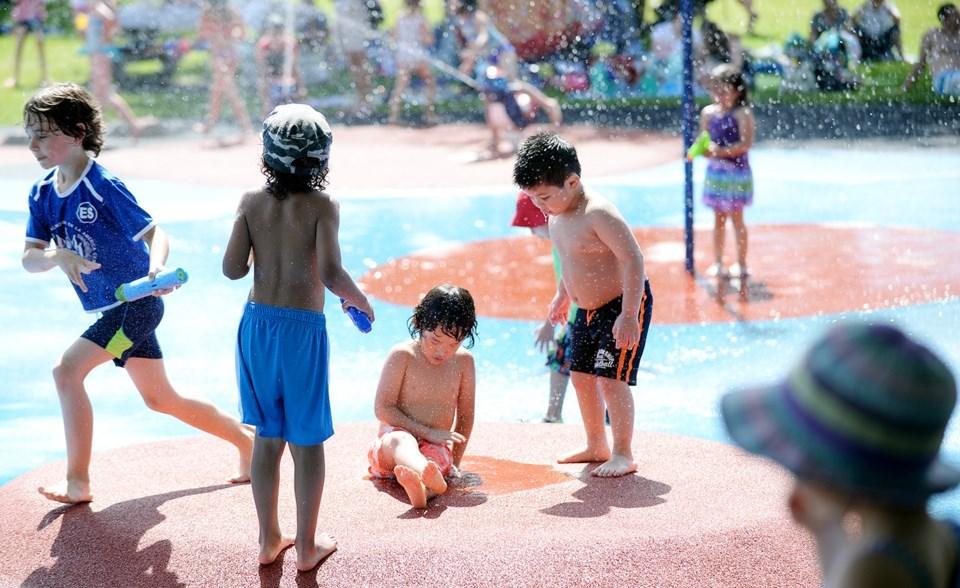 Hume Park spray park