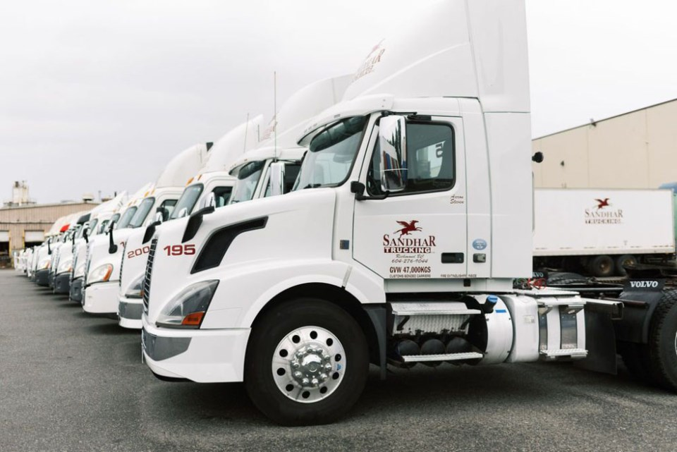 Sandhar-Trucking-Photo-for-Standout