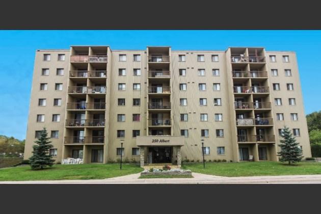 Albert Terrace Apartmens, Sault Ste. Marie, Ontario