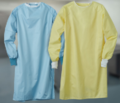 0008449_healthcare-gowns_580