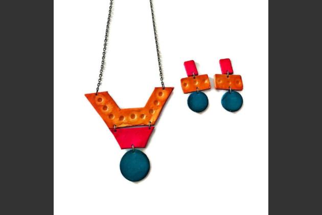 bright colored jewelry set