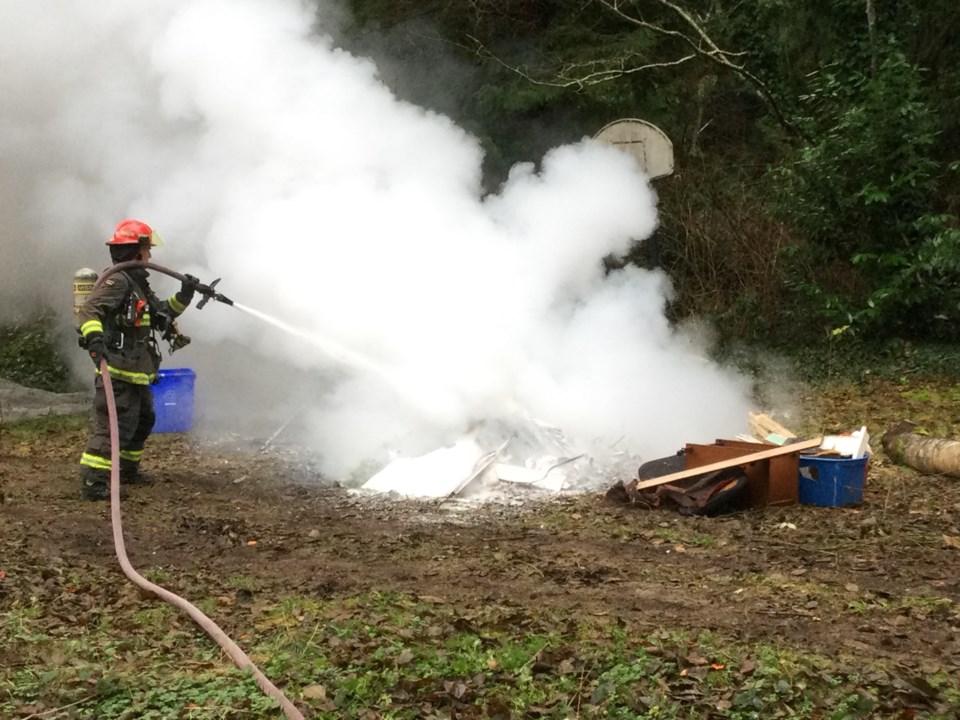 SCRD bans backyard burns
