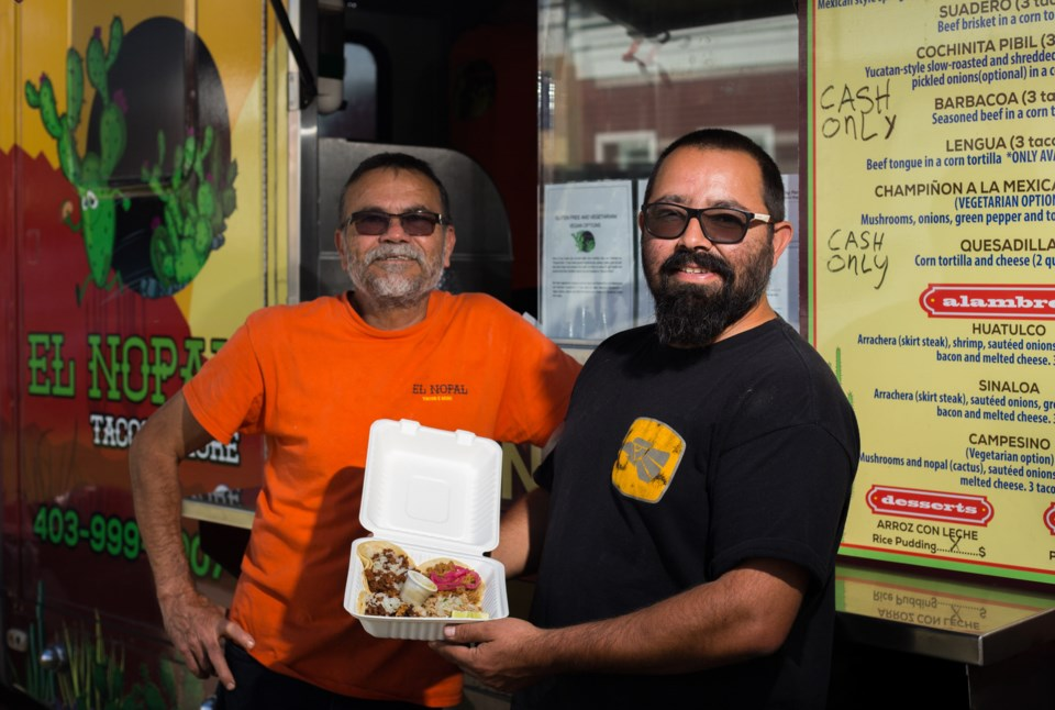20200903 Mexican Food Truck 0001