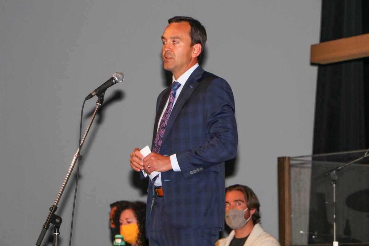 Cochrane hosts Banff-Airdrie forum with election day just around the corner