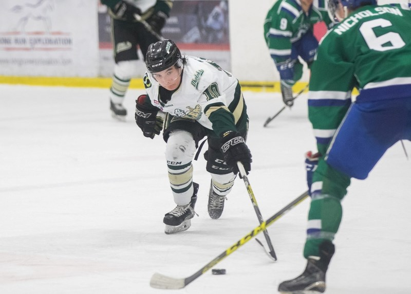 Cochrane hockey star Austin Wong, who is currently lacing them up with the AJHL's Okotoks Oilers has comitted to the University of Harvard.