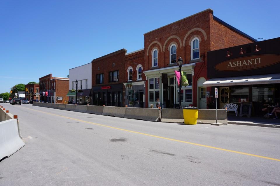 2020_06_19 Downtown Thornbury COVID_2_JG