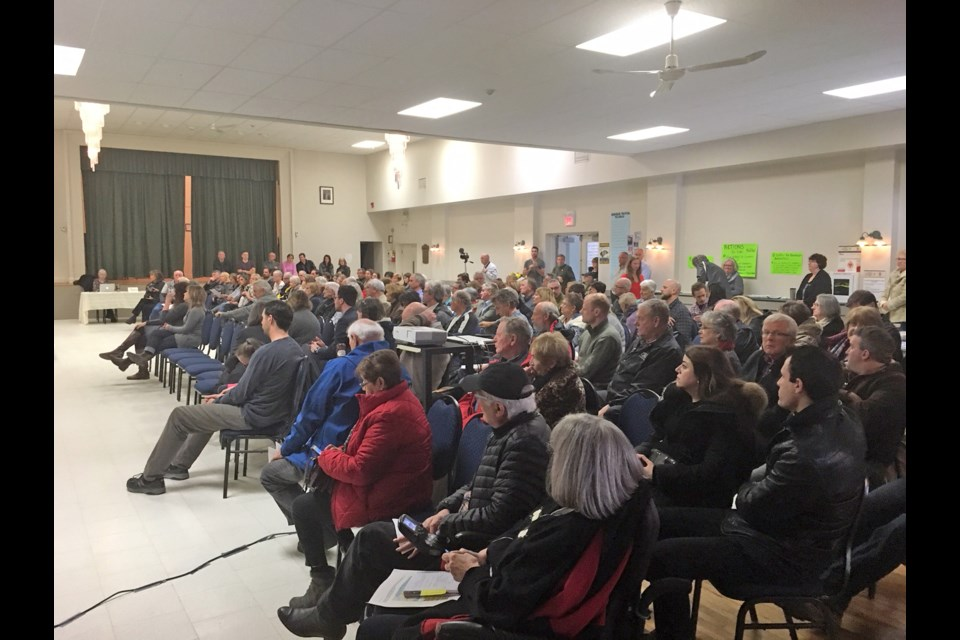 Part of the crowd gathered at Elmvale Community Hall on Sunday afternoon, April 8, to learn more about the campaign to free Edwin Espinal and other Honduran political prisoners. Erika Engel/Collingwood Today