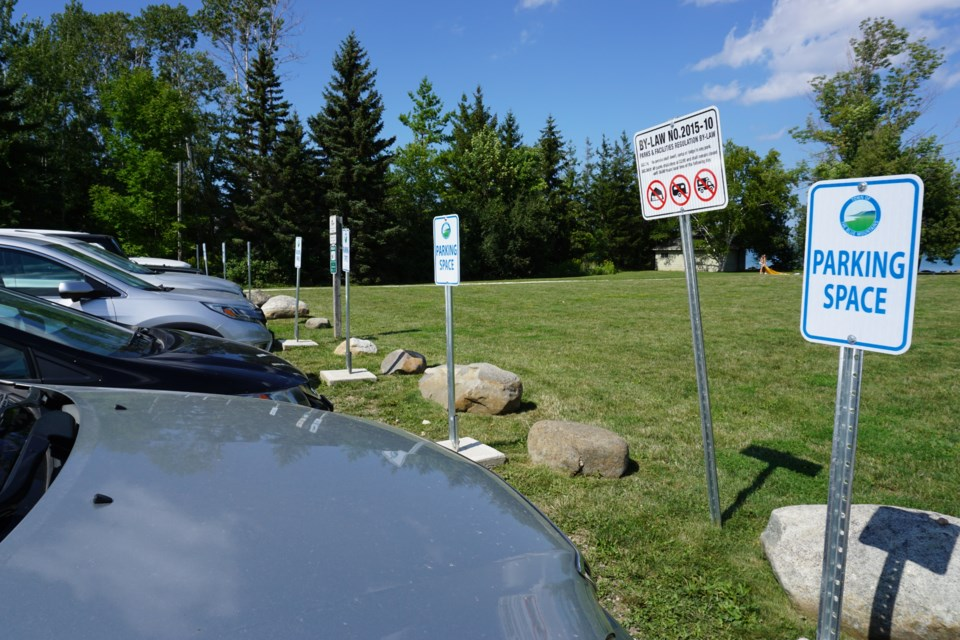 2020_10_23 TBM parking signs_JG