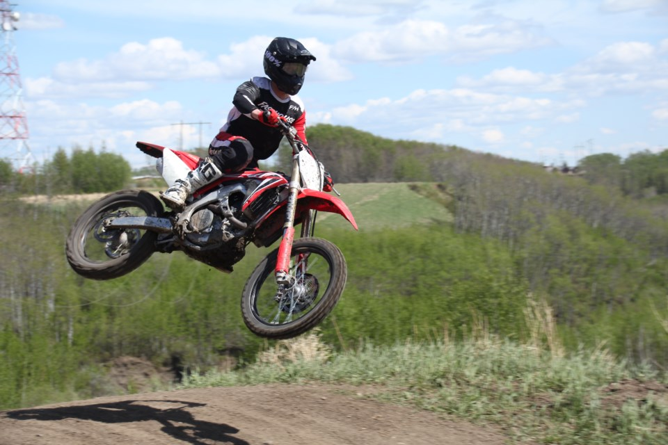 Tanner Merrick cruised over a jump on way to winning the Masters 450 race at the Covid Cup, May 29.