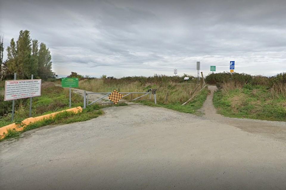 brunswick point trail parking - google maps image