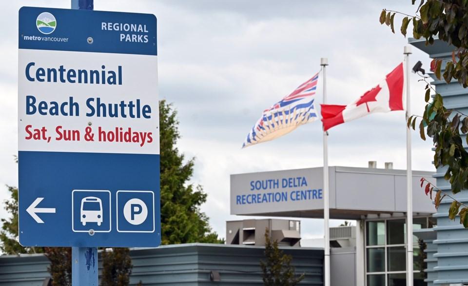 Centennial Beach shuttle, Delta BC