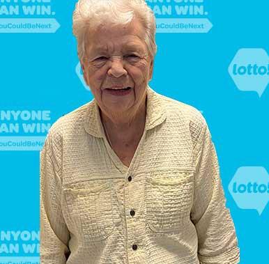 Elizabeth McCartney lotto winner