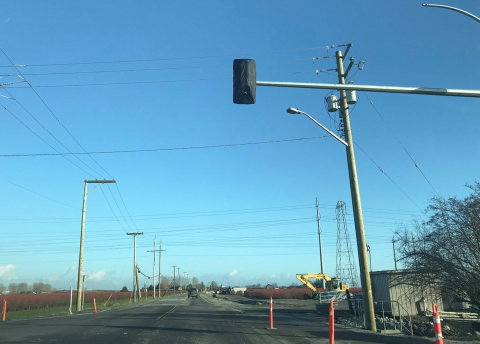 new south delta intersection lights