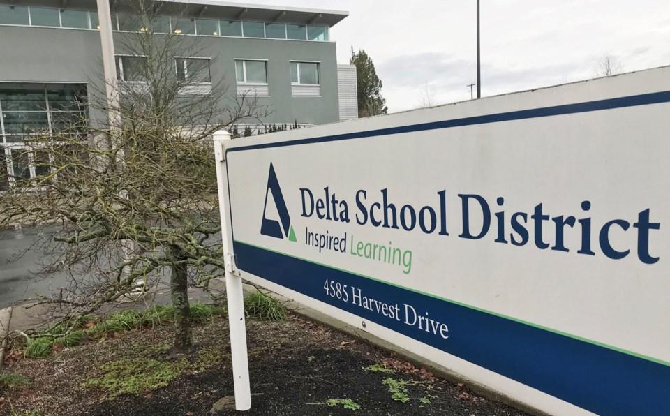 delta bc school district no. 37 sign
