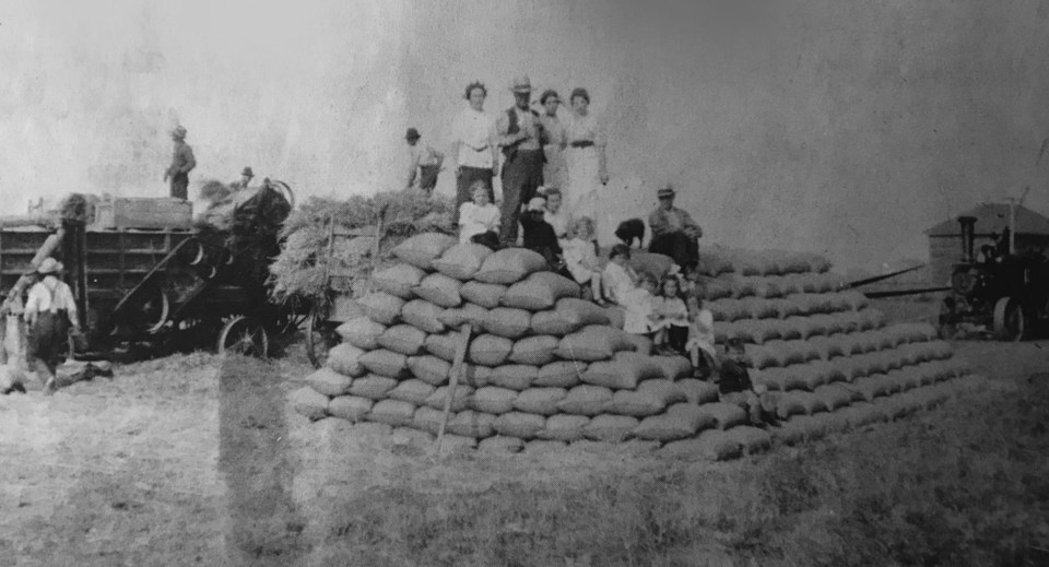 charlie arthur's ladner farm 1915