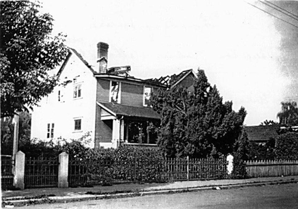 Delta 1940 Denecroft boarding house on Delta Street