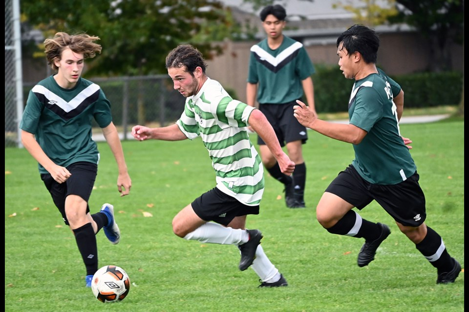 Delta Pacers and South Delta Sun Devils kicked off their senior boys regular season schedule on Tuesday at Holly Park.