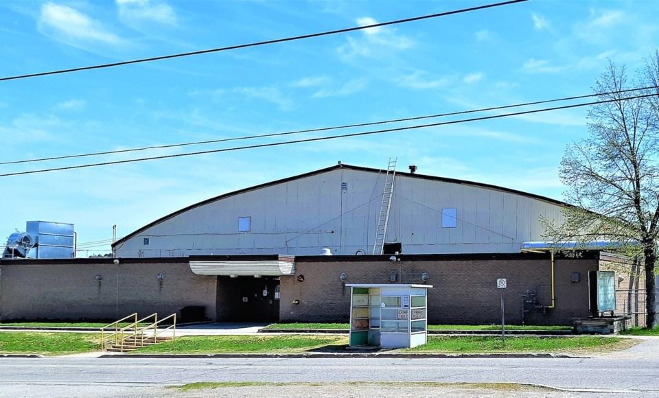 2019-05 30 Centennial Arena BS 1