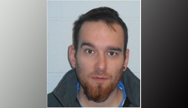 2018-02-23 OPP wanted federal inmate Scott Tremblay