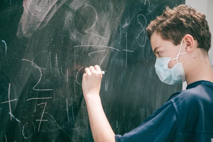 schoolchildrenmasked
