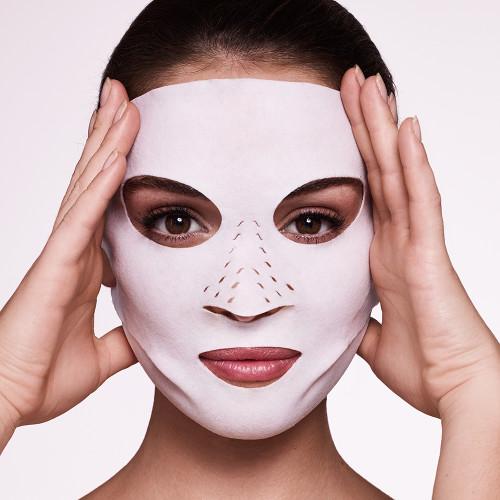 Charlotte Tilbury cryo-recovery mask.