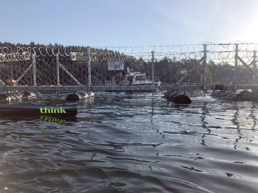 kinder morgan floating fence 2