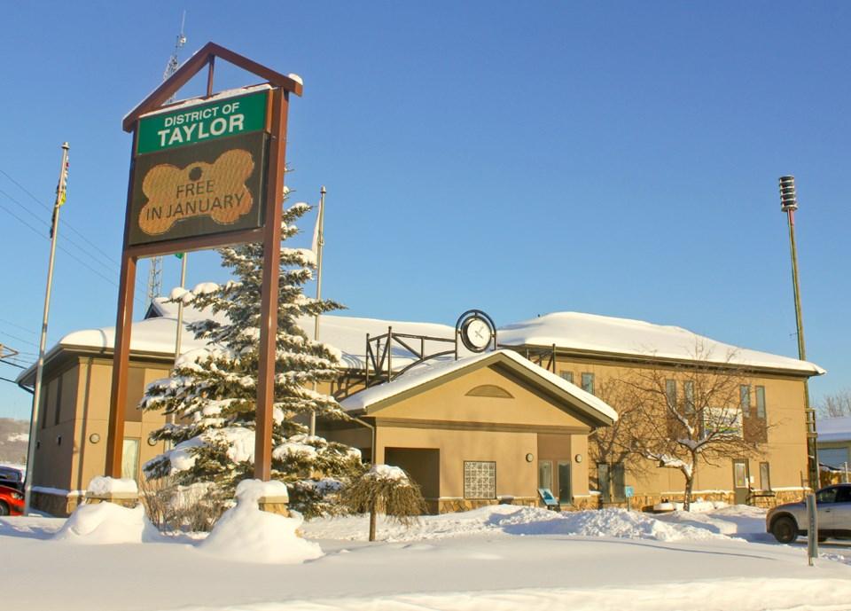 taylor-district-hall