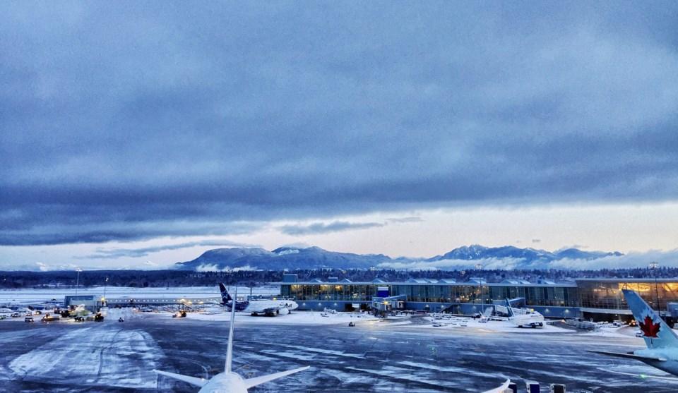 yvr airport snow