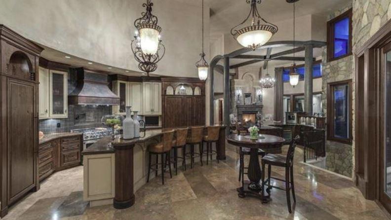 Surrey villa listing kitchen