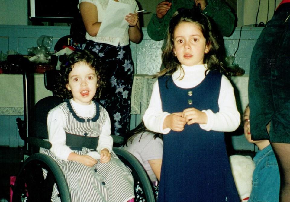 Alisa and Julia Gil Silvestre