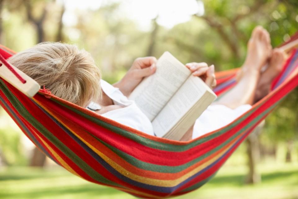 reading, hammock, iStock