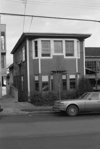 The Takehara/Yada Apartments at 1017 West 7th Avenue. City of Vancouver Archives COV-S639-2-F46- CVA