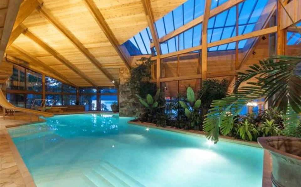 Bowen Island estate pool