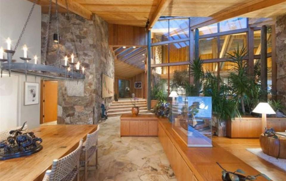 Bowen Island estate dining