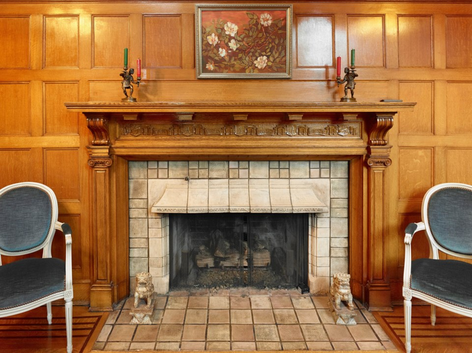Batchedler tile from California was used for the fireplaces in the home. Photo Martin Knowles
