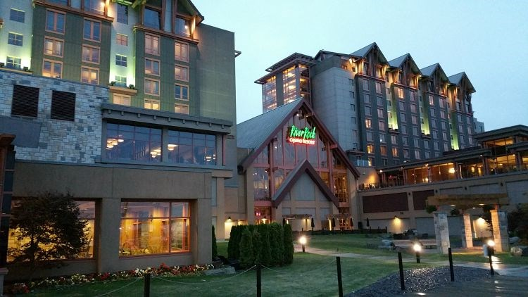 River rock hotel and casino vancouver bc