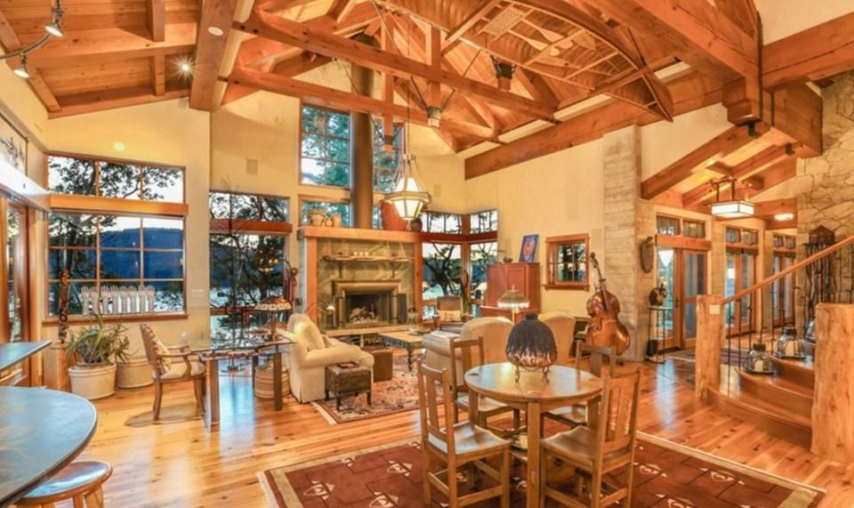 Oprah Orcas house living