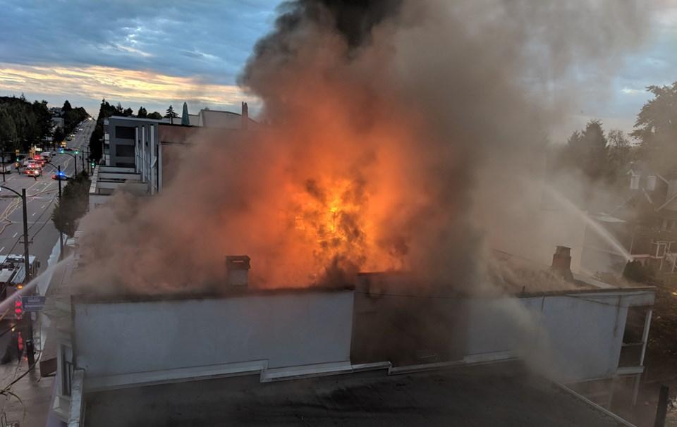 Topanga Cafe fire