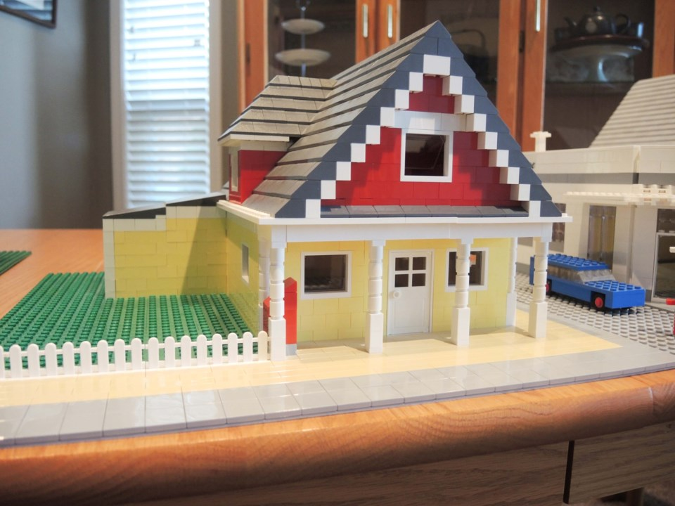 Little Steveston...made out of Lego_5