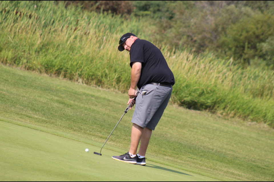 Rob Powell holed out the win with a 10 under par over two days of play.
