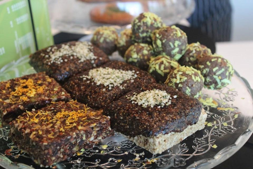 Auxi Foods 1