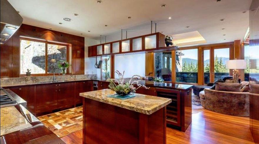 Whistler cliff mansion kitchen